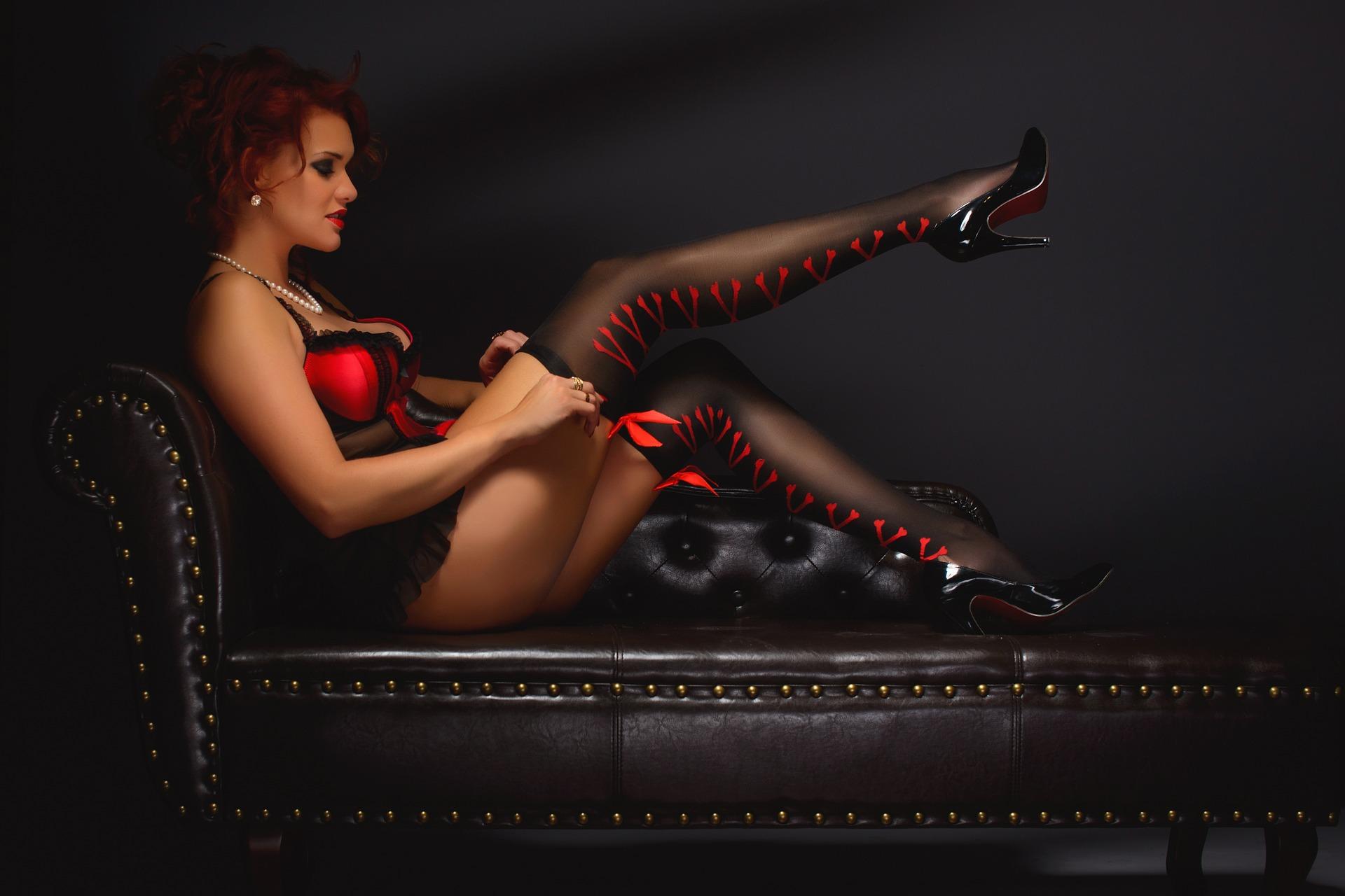 erotic-2704262_1920